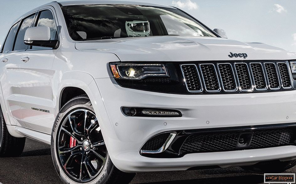 2014 SRT Jeep Grand Chiroki